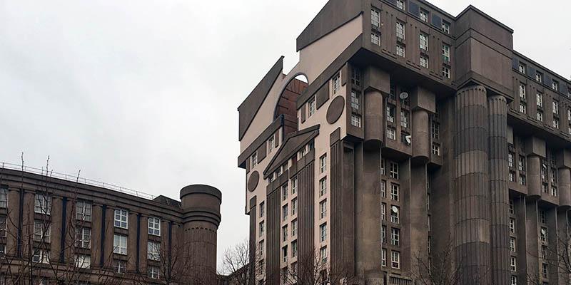 Les Espaces d'Abraxas Modern architecture in Paris