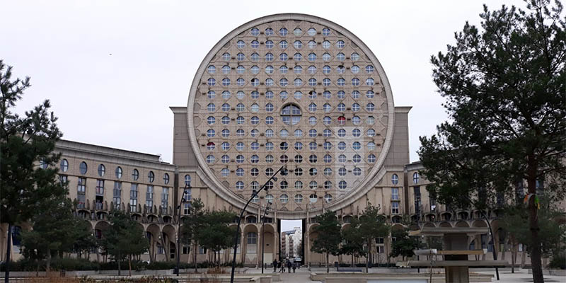 Les Arenes de Picasso Modern architecture in Paris