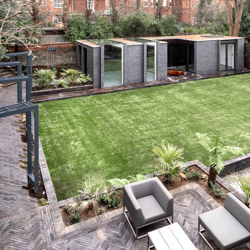 Mr & Mrs Smith House by MW Architects
