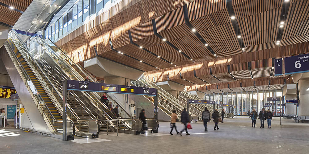 Renovated London Bridge Station by Grimshaw Architects