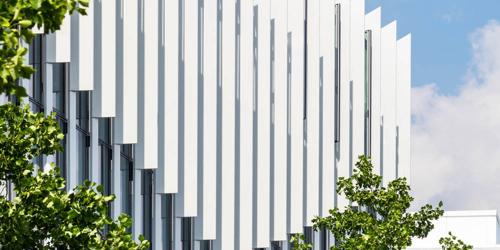 SHIFT office building by Arte Charpentier Architectes