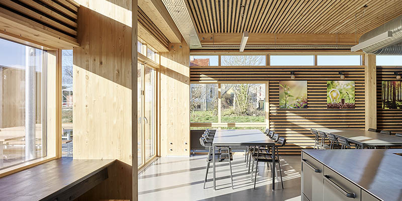Timber constructions and tools to communicate sustainability