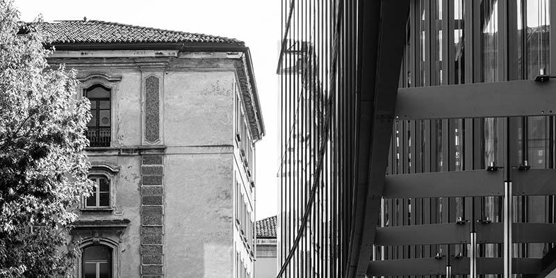 Glazed facade by Park Associati
