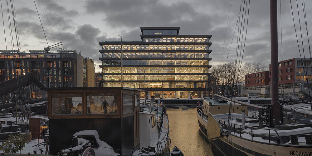 De Walvis building renovation by KAAN Architecten